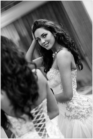 beauty,black,and,white,wedding,face,girl,b,w 5257b676296589cb78d705a3edbbdd09 h%5B2%5D%5B2%5D Delicious Photograph 2009.03.08