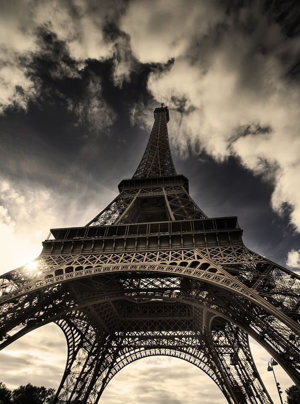 HDR_16___The_Eiffel_Tower_by_madsick